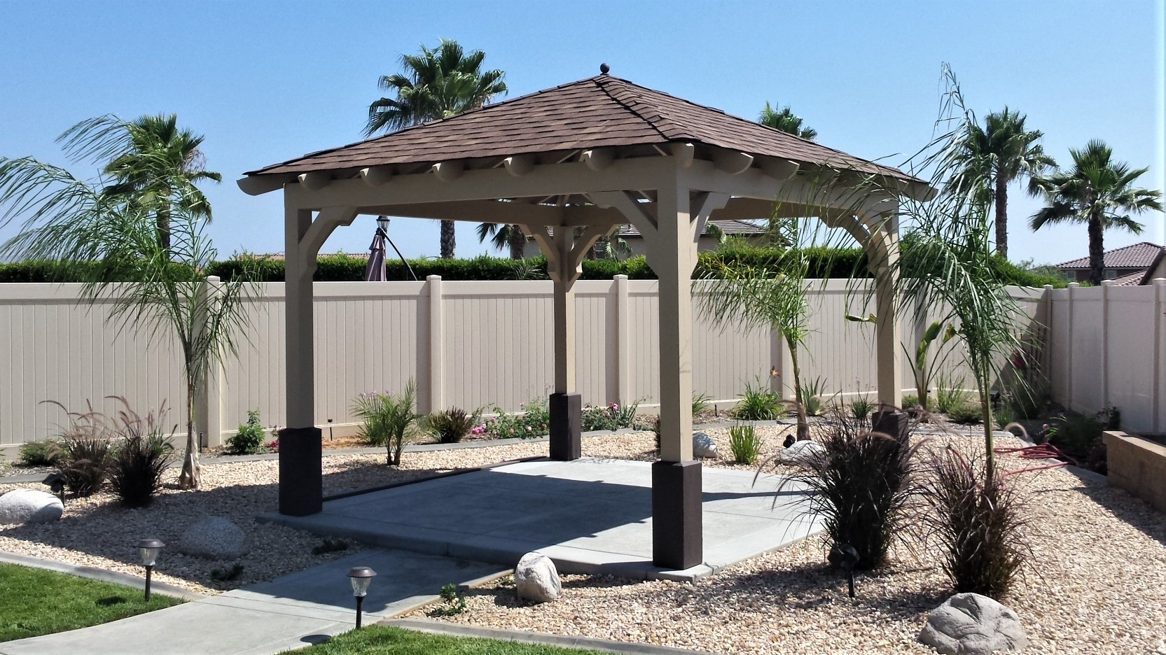 California Gazebos Plus Unique Outdoor Daybeds Pergolas Covers
