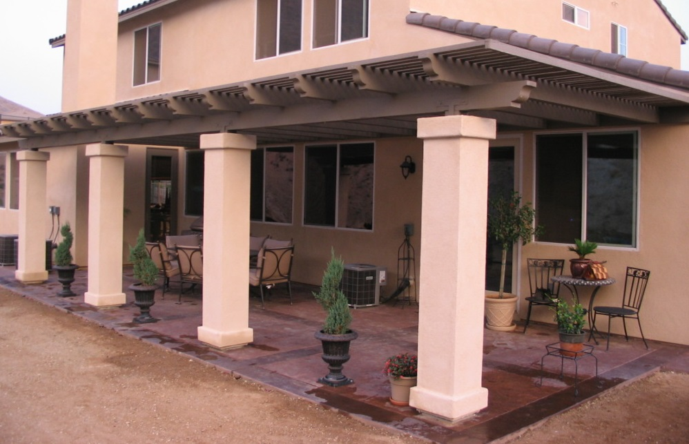 Landscape construction and design pavers patios planting for Stucco columns